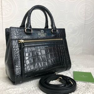 🌸OFFERS?🌸Kate Spade Leather Embossed Black Purse